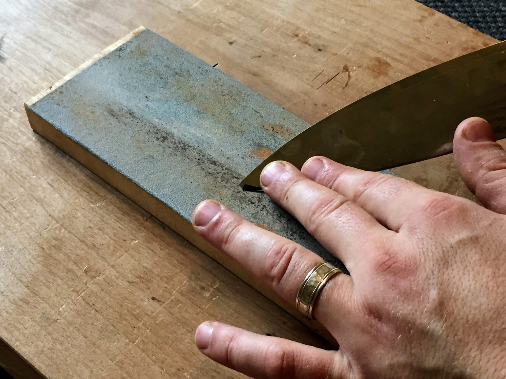 Reshaping broken knife tip